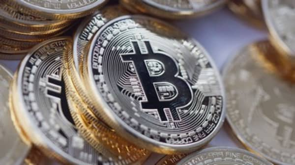 Bitcoin plunges after upgrade is called off