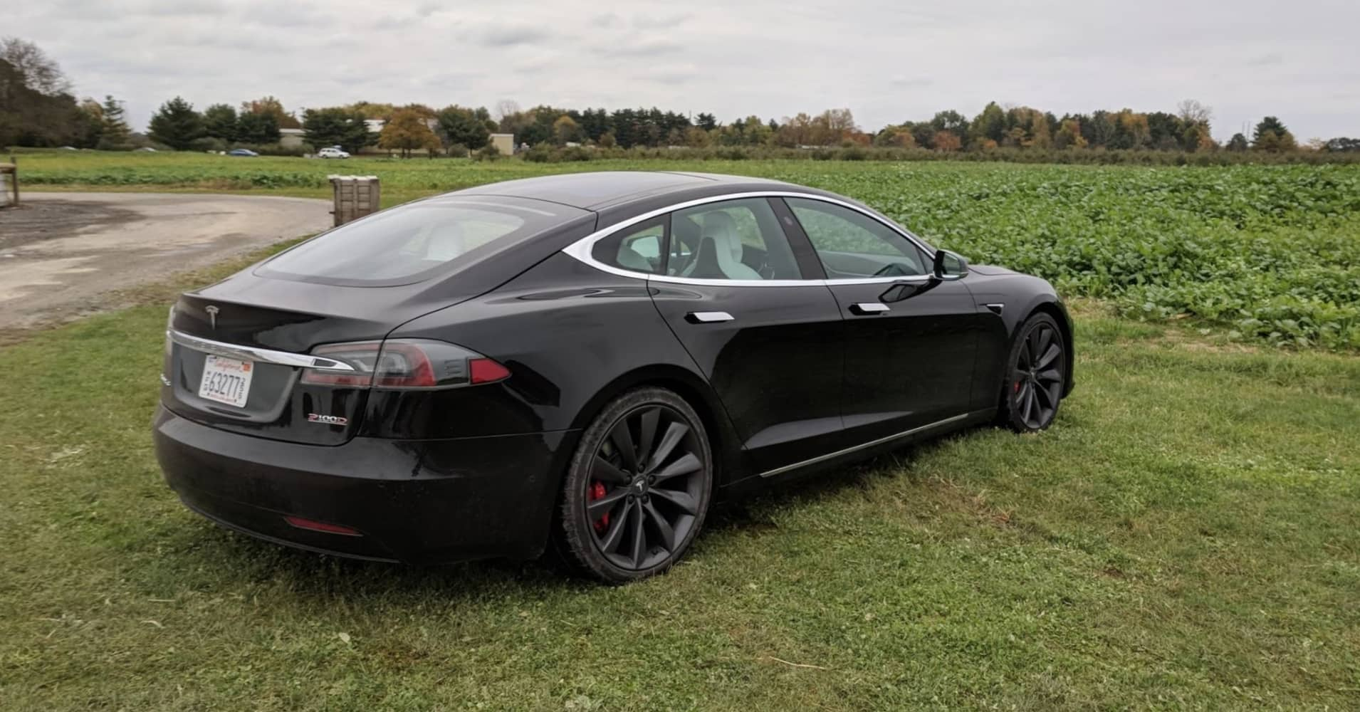 tesla model s best features