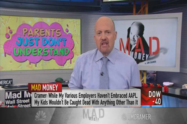 Cramer: Yes, disinterested teens can actually make the best investors