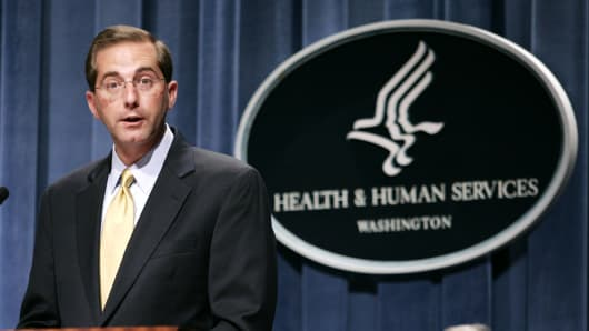 Trump picks former pharma exec, ex-Bush official to lead HHS department