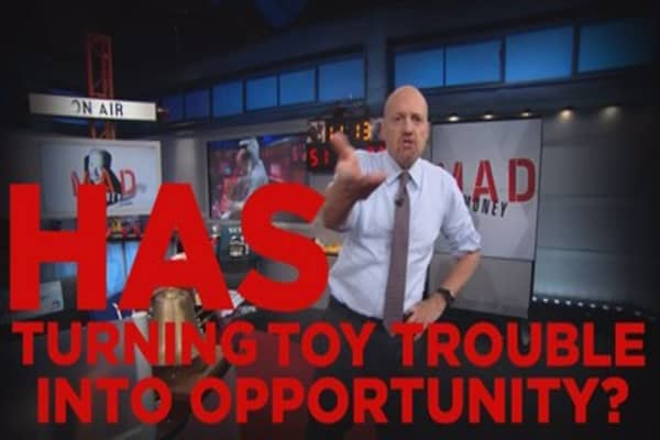 Cramer Remix: Why Toys R Us' bankruptcy could be a gift for Hasbro's acquisition plans of Mattel