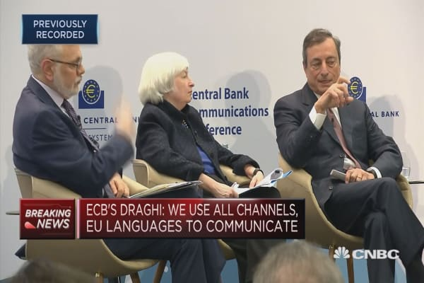 Central bank transparency is a 'duty,' ECB's Draghi says