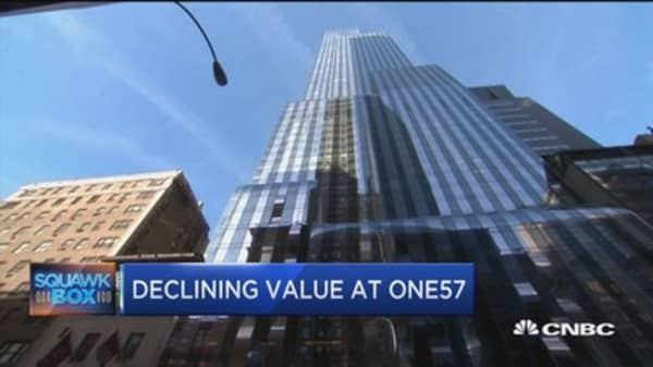 Luxury condo in One57 tower sold in New York City's biggest ever foreclosure auction