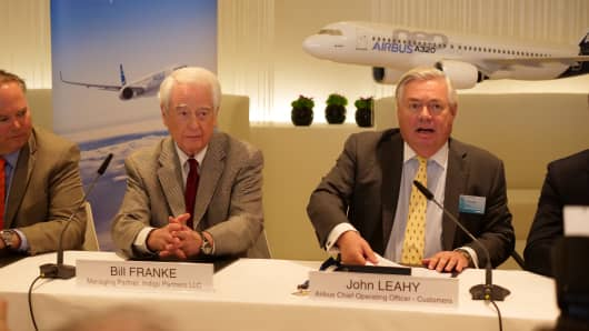 Bill Franke, Managing Partner of Indigo Partners (L) and John Leahy, Airbus Chief Operating Officer Customers, Airbus Commercial Aircraft (R)