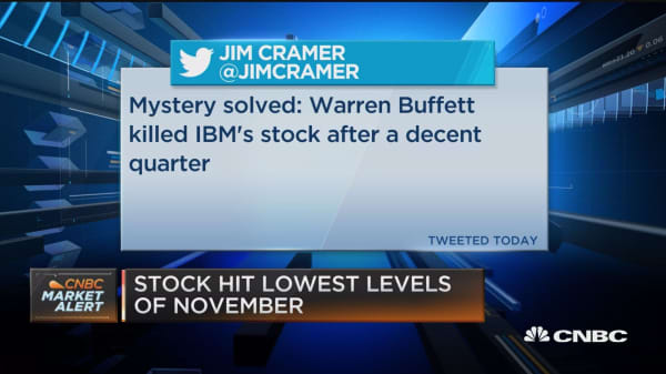Warren Buffett cuts stake in IBM