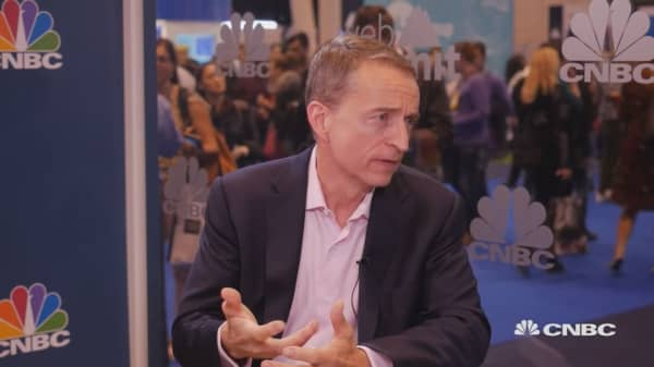 Regulation of A.I. impossible and inappropriate: VMWare CEO