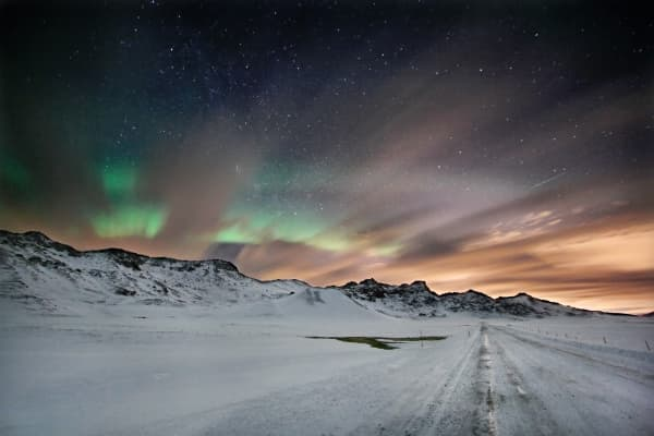 A spectacular show in Icelandic sky