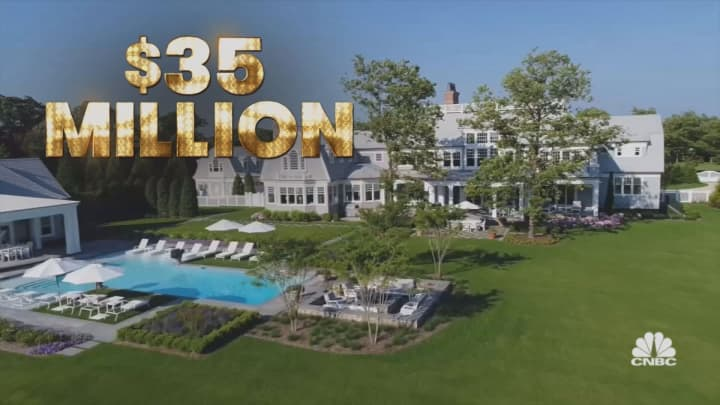 Next On | Secret Lives of the Super Rich: Billionaire's Isle & The Ultimate Dodgers Superfan