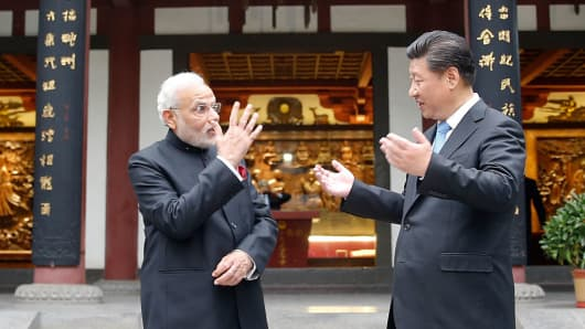 Chinese President Xi Jinping and Indian Prime Minister Narendra Modi visit Daci'en Temple on May 14, 2015 in Xi'an, China.