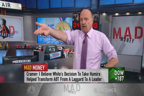 Cramer applauds Abbott CEO Miles White for his value creation and leadership