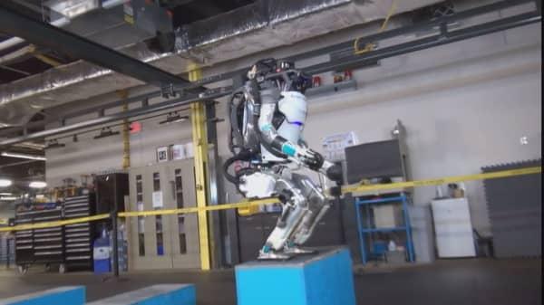 Boston Dynamics reveals new Atlas robot