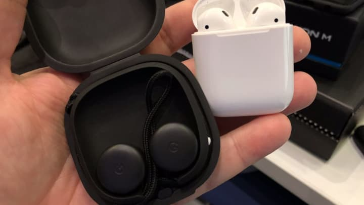 Pixel Buds vs Apple AirPods