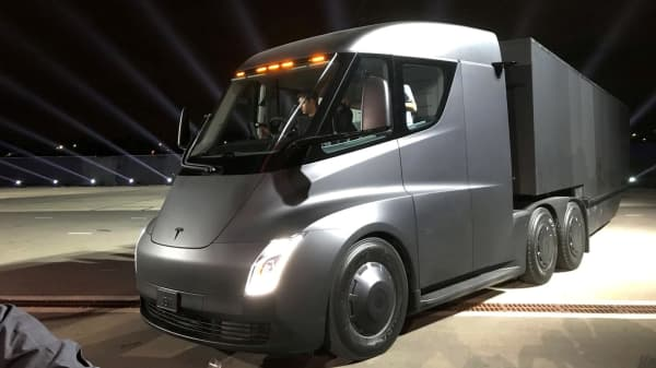 Tesla S New Electric Semi Truck Is Unveiled During A Presentation In Hawthorne California U