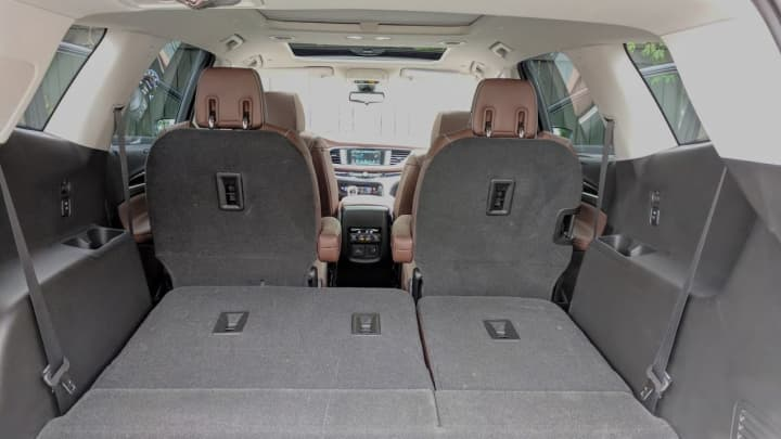 Plenty of space in the trunk with the seats down in the Avenir