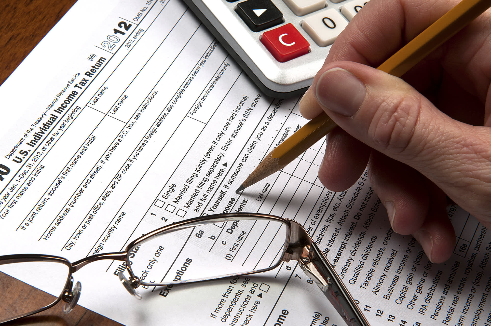 These 6 deductions can reduce your 2017 tax bill come April