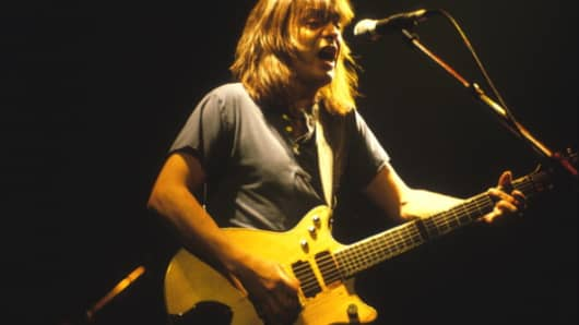 Malcolm Young of the rock band AC/DC performs at the Met Center in Bloomington, Minnesota on the Fly On the Wall tour on September 29, 1985.