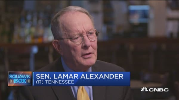 Sen. Lamar Alexander: Nobody likes to cut entitlements but the Republicans should