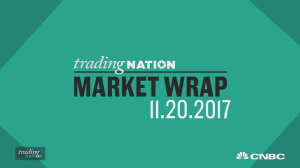 Major market indexes rise on strong October economic data
