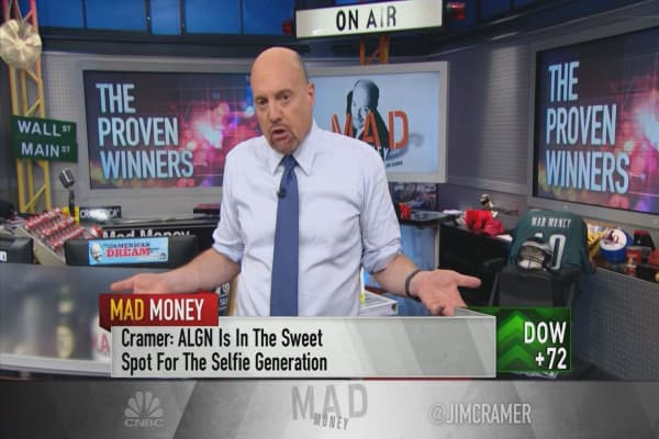 Cramer's take on Wall Street's top 15 'anointed' stocks for 2017