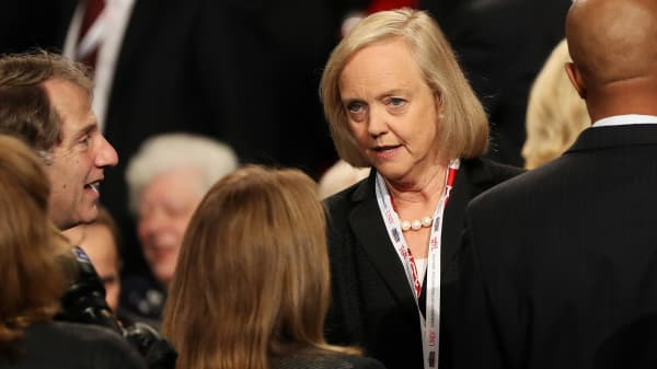 Meg Whitman, the CEO of Hewlett Packard, arrives prior to the start of the third U.S. presidential debate at the Thomas & Mack Center on October 19, 2016 in Las Vegas, Nevada.