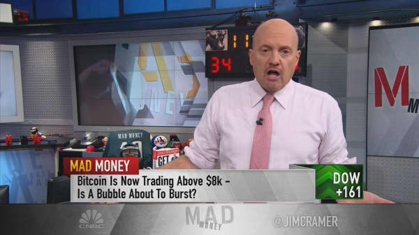 Cramer: Bitcoin and junk bonds are bubbles, but stocks aren't overvalued