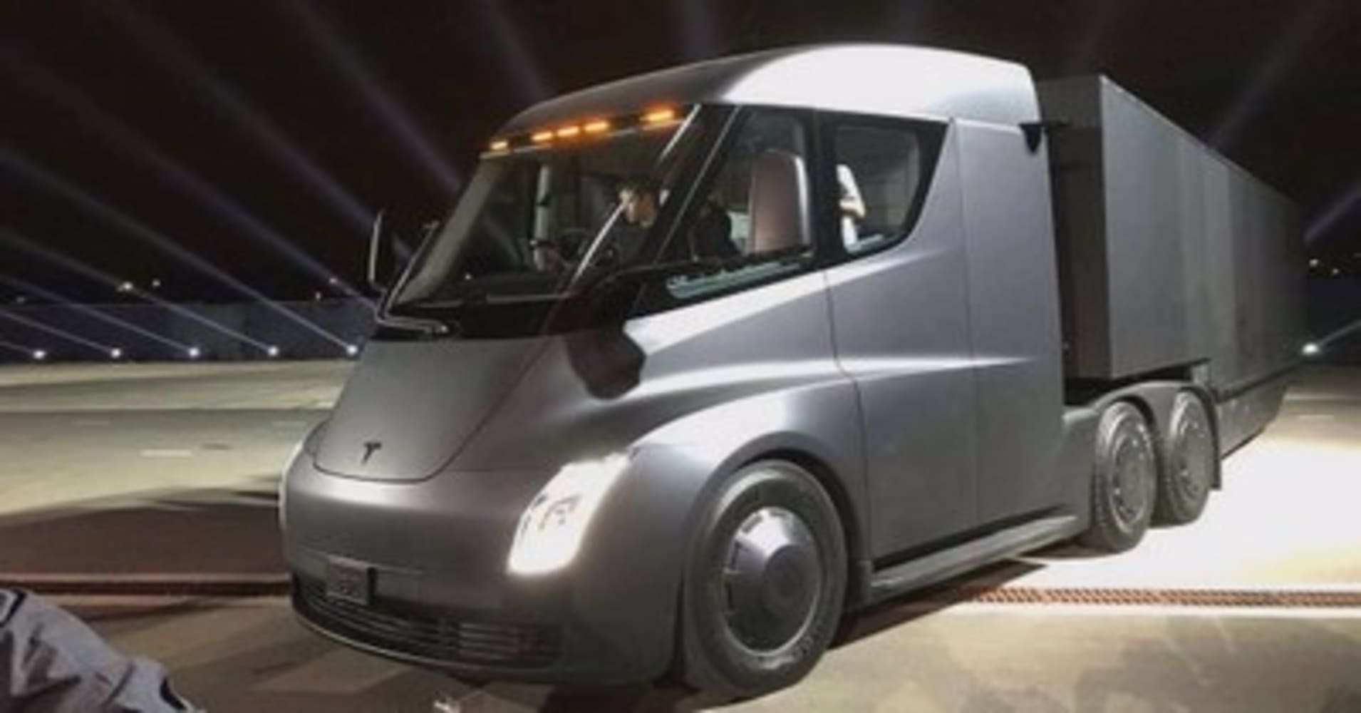 Tesla Semi may be aiming at the wrong end of the freight industry