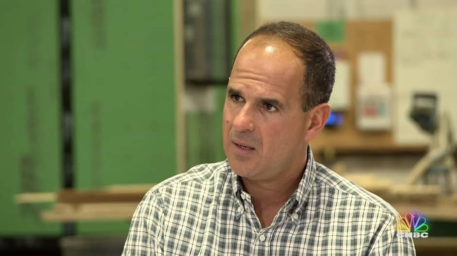 Marcus Lemonis accuses this tiny home business owner of running a 'smoke and mirrors' operation