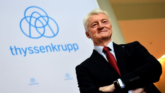 Heinrich Hiesinger, CEO of German steel group Thyssenkrupp, poses ahead of a press conference on Thyssenkrupp's annual earnings on November 24, 2016 at the company's headquarters in Essen, western Germany.
