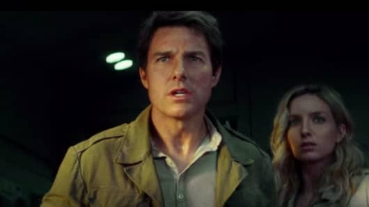 "A screen image of Tom Cruise in ""The Mummy."""