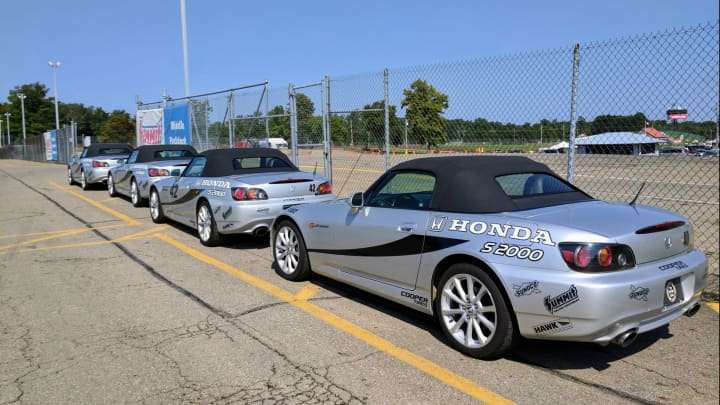 A line of Honda S2000s at the Mid-Ohio driving school
