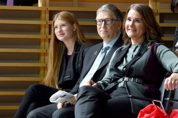 Phoebe Adele Gates, Bill Gates, and Melinda Gates attend the Goalkeepers 2017, at Jazz at Lincoln Center on September 20, 2017 in New York City.