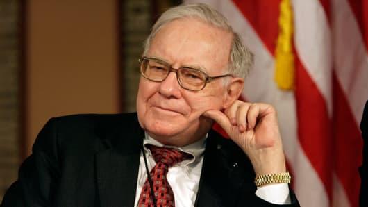 Warren Buffett plays down rumours he is ready to step down