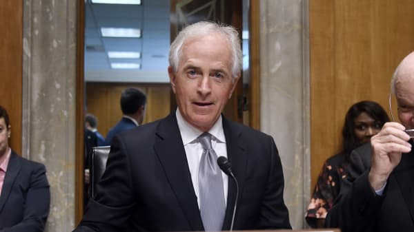 Senator Bob Corker, a Republican from Tennessee, arrives to a hearing on Capitol Hill in Washington, D.C., U.S., on Tuesday, Oct. 24, 2017.