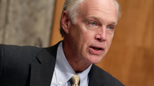 Sen. Ron Johnson (D-WI)