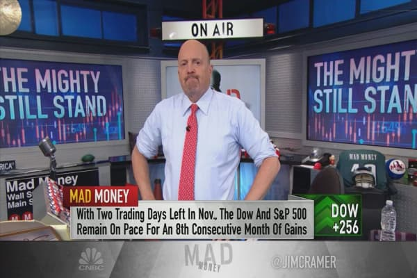 Cramer explains the market's refusal to go down on Washington, North Korea news