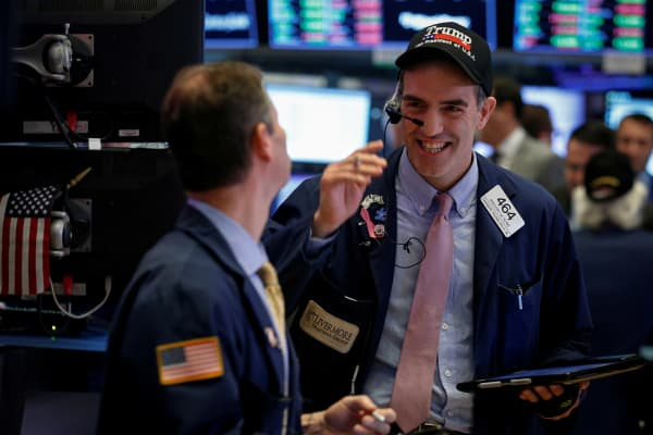Traders work on the floor of the New York Stock Exchange (NYSE) in New York, U.S., November 30, 2017.