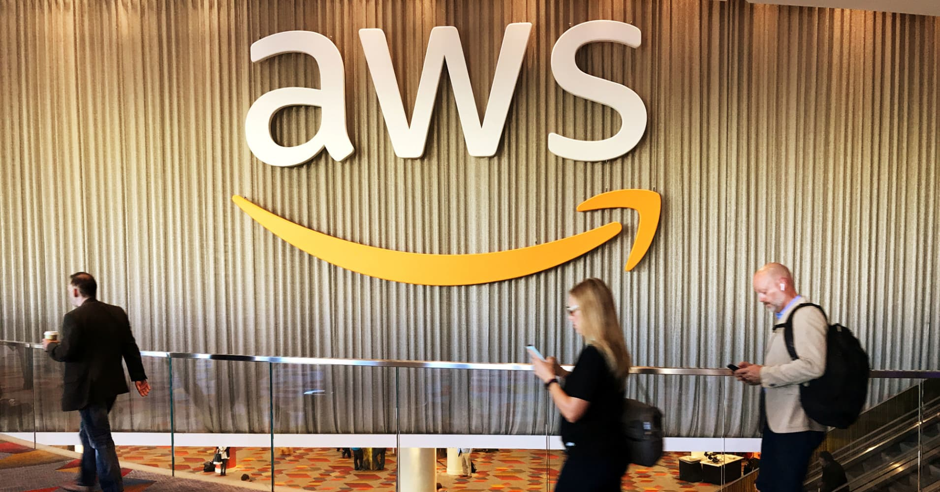 Competition and Regulation Pose Greatest Growth Risks to Amazon, RBC's Mahaney Says
