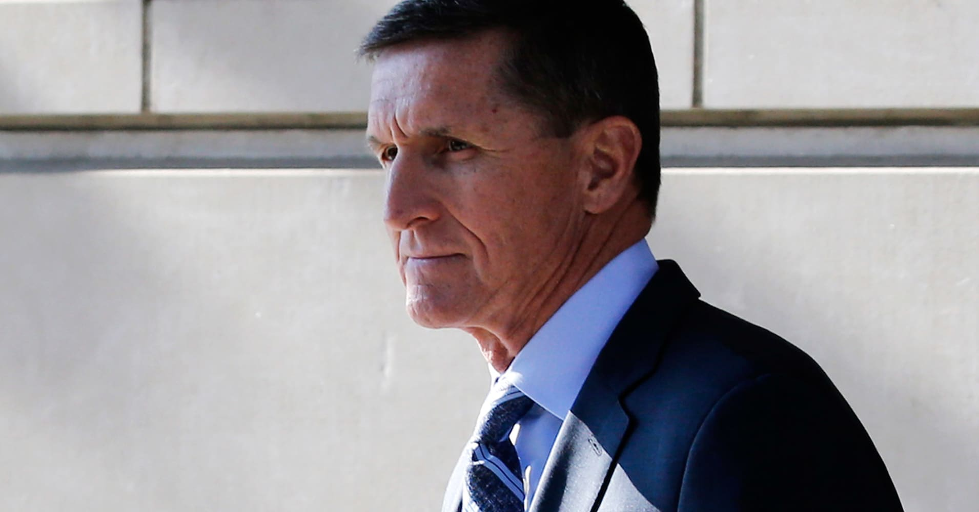 Special counsel Mueller calls for light sentence for ex-Trump national security advisor Michael Flynn