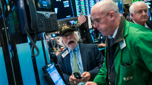 Wall Street drifts lower as House approves tax legislation overhaul