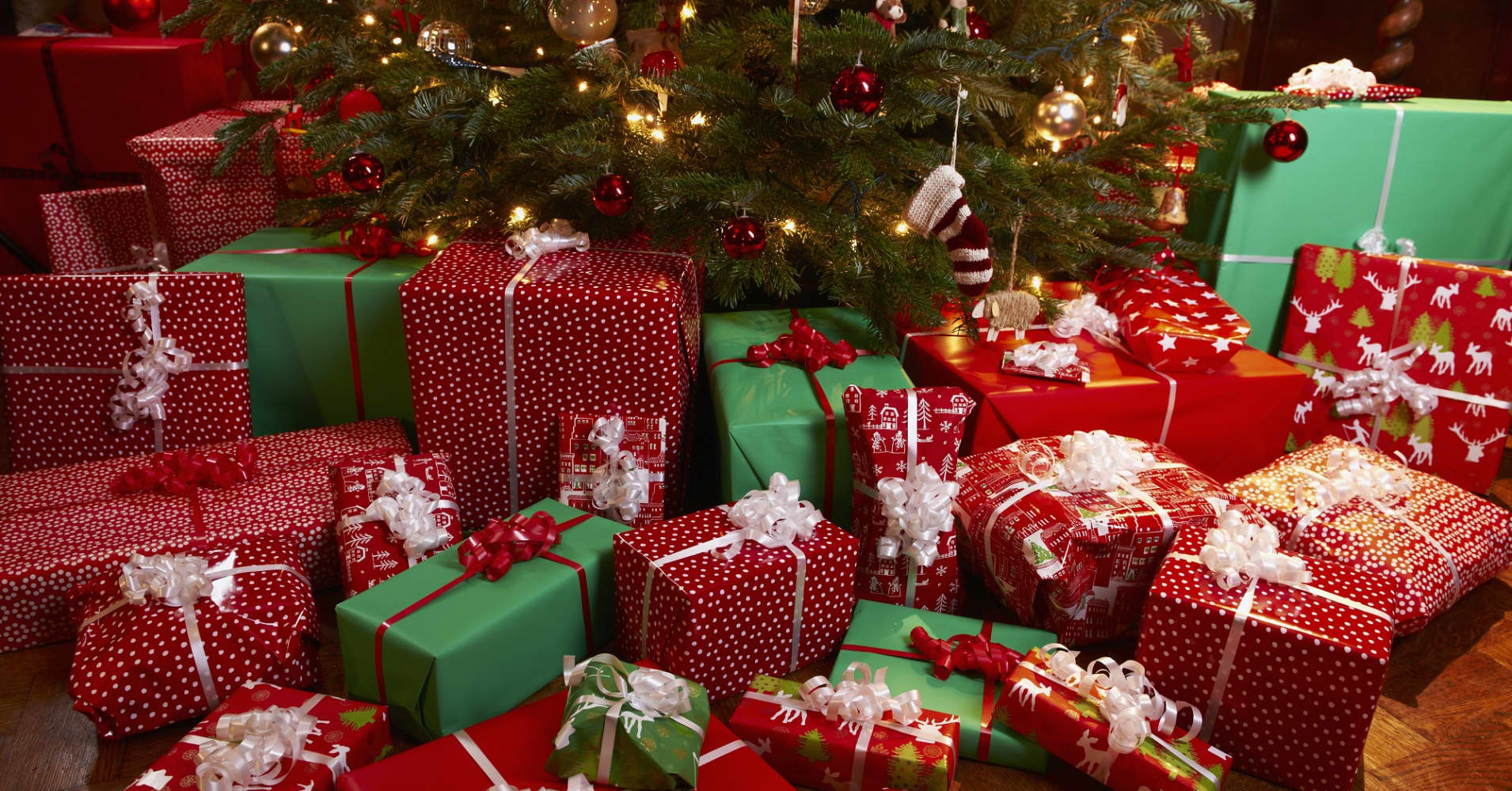 Cheap gifts for millionaires