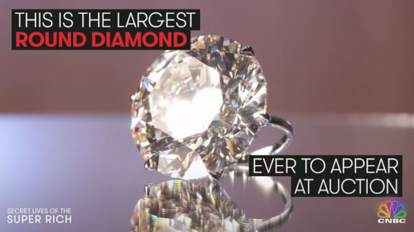 This is the largest round diamond ever to appear at auction