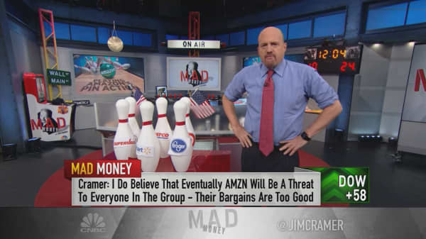 Cramer says the action in grocery stocks proves Amazon shouldn't scare you out of entire industries