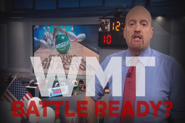 Cramer Remix: Wal-Mart is Amazon's only long-term challenger in retail