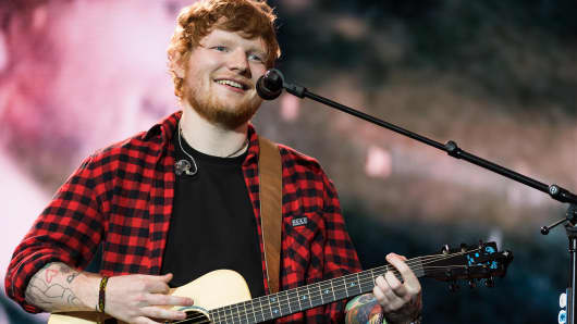 25: Ed Sheeran headlines on the Pyramid Stage during day 4 of the Glastonbury Festival 2017 at Worthy Farm, Pilton on June 25, 2017 in Glastonbury, England.