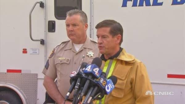 Ventura County Fire Chief Mark Lorenzen updates press on the Thomas Fire