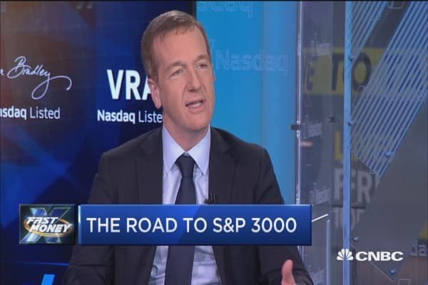 One of Wall Street's biggest bulls sees the S&P going to 3,000, here's what could take us there