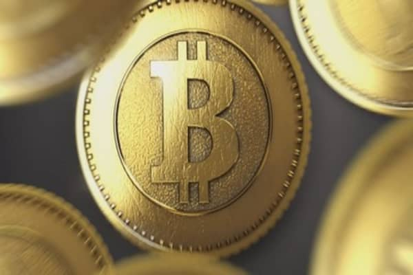 Bitcoin passes $14,000 on Coinbase index