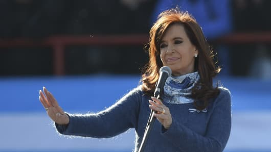 Argentinian former President (2007-2015) Cristina Kirchner delivers a speech during a rally in Buenos Aires on June 20, 2017.