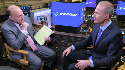 Jim Cramer speaks with Boeing CEO Dennis Muilenburg at the NYSE on Dec. 7th, 2017.