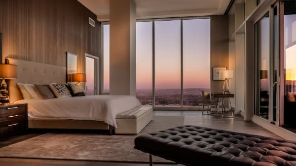 Inside L.A.'s most expensive apartment rental